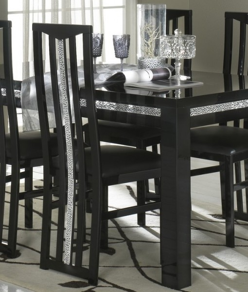 AMOR CROMO – TABLE SALLE A MANGER NOIR LAQUE
