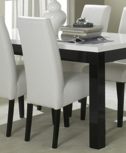 AMOR - TABLE SALLE A MANGER NOIR & BLANC LAQUE